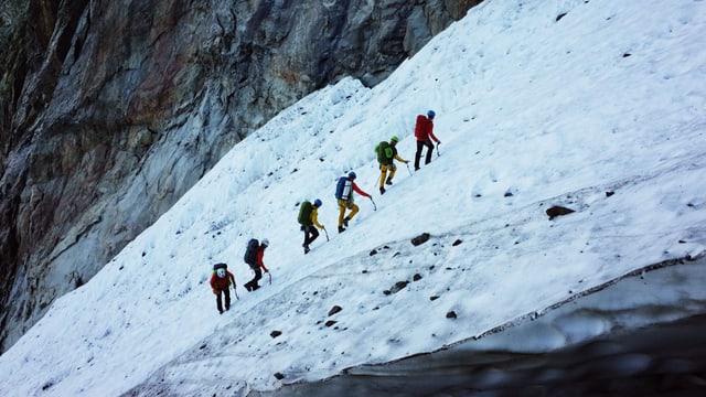 Video «Gefährliche Gletscherspalten» abspielen