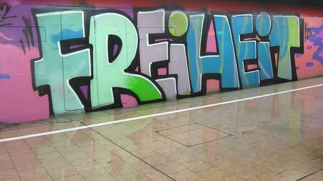 Grafitti Schriftzug Freiheit