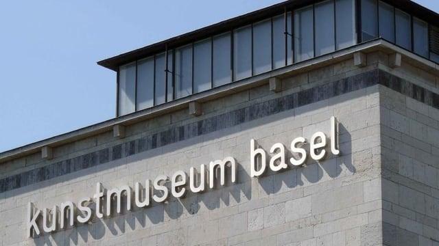 Hier beim Basler Kunstmuseum gibt es ein neues Parkhaus