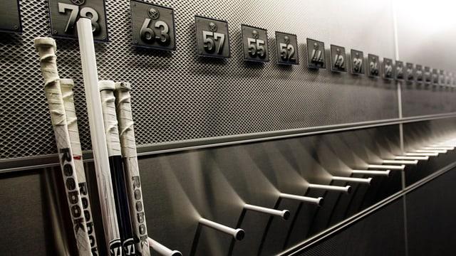 Die Eishockeystöcke werden auch weiterhin nicht auf amerikanischem Eis gebraucht.