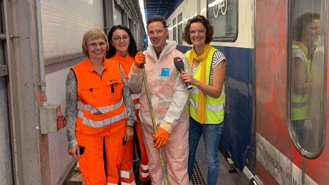 Gruppenfoto des Cleaning-Team bei der SBB