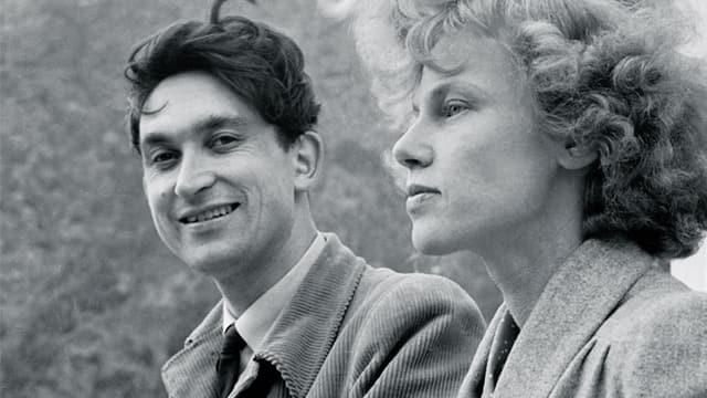 Mann und Frau auf schwarz-weissem Foto