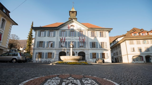 Das Stadthaus von Moutier.