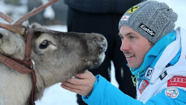 Il skiunz Marcel Hirscher vid stritgar in ren.