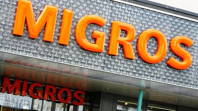 Migros-Firmenschild