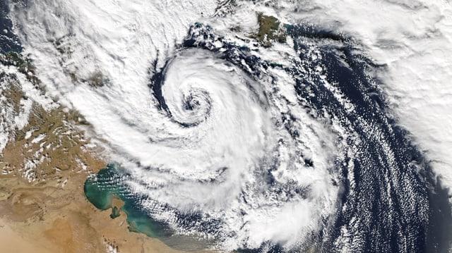 Satellitenbild eines Tiefdruckgebietes.