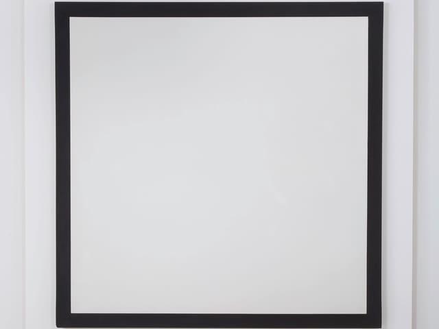Ein weisses Quadrat mit schwarzem Rand