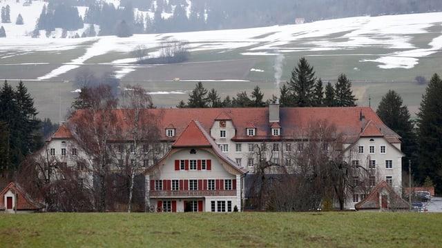 Das ehemalige Jugendheim Prêles.