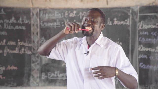 Video «Zahnpflege im Krisengebiet» abspielen