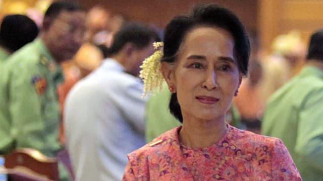 Aung San Suu Kyi vul daventar presidenta dal Myanmar.