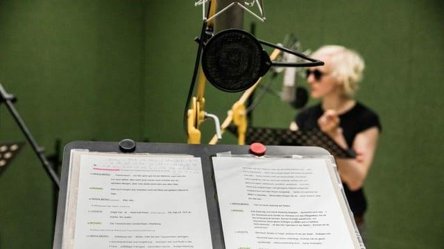 Aufnahme von Hörspiel im Studio