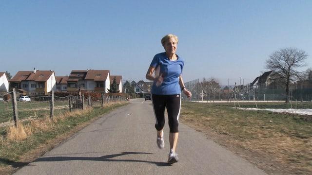 Video «Ruth rennt» abspielen