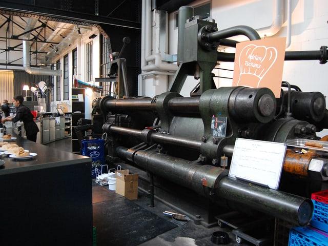 Stangenzug-Maschine in der alten Selve-Halle 6