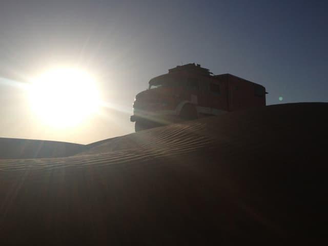 Truck im Sonnenuntergang