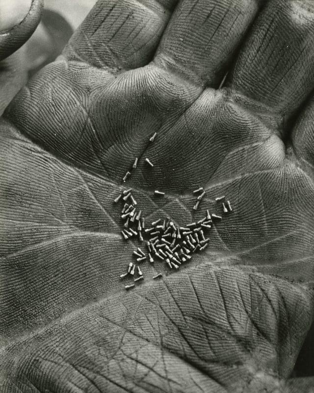 Werkzeugmaschinenfabrik Tornos, Moutier, im Jahr 1942.
