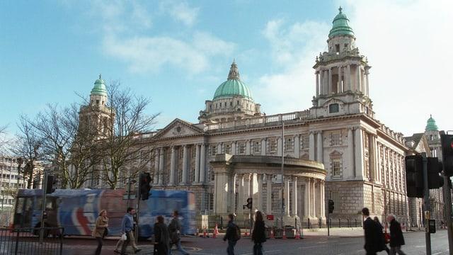 Chasa municipala da Belfast.