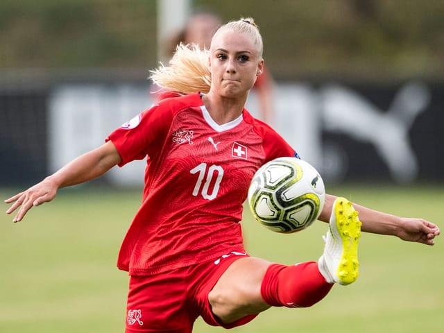 Alisha Lehmann in Aktion.