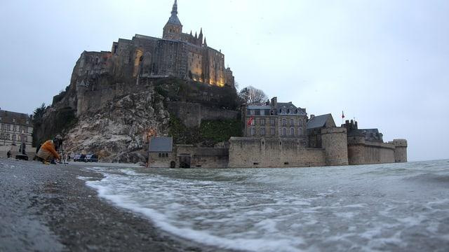 Mont-Saint-Michel auf einer aktuellen Aufnahme.