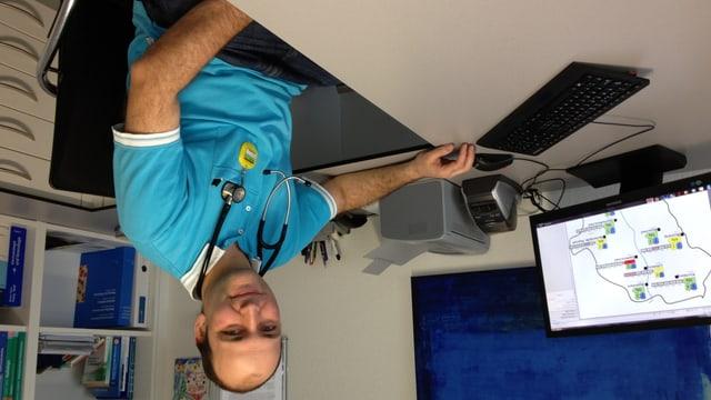 Hausarzt Daniel Rosa arbeitet in der Genossenschaftspraxis in Ebnat-Kappel.