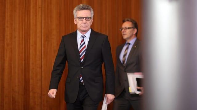 Bundesinnenminister Thomas de Maizière zu Beginn der Medienkonferenz in Berlin.