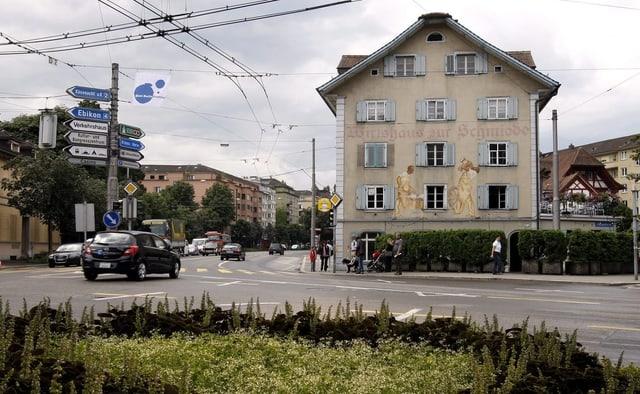 Das Wirtshaus zur Schmiede am Pilatusplatz.