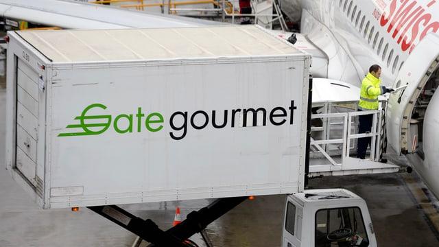 In camiun dal concern Gategroup chargia gist sias mangiativas en in aviun da la Swiss.
