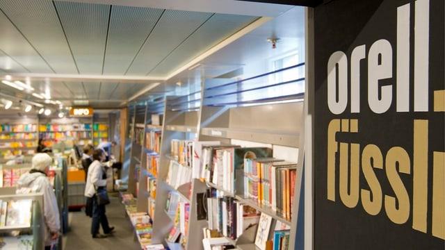 Eine Buchhandlung von Orell Füssli in Zürich.