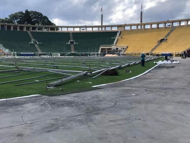 Baugerüste im Stadion Paraembu in Sao Paolo