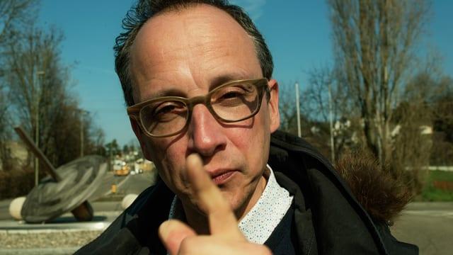 Ob Wallisellen oder Wetzikon: Hannes Hug ist der Mann, wenns um Kreiselkunst geht.