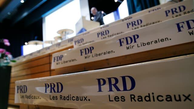 Scrittira cun scrit si PRD, FDP.