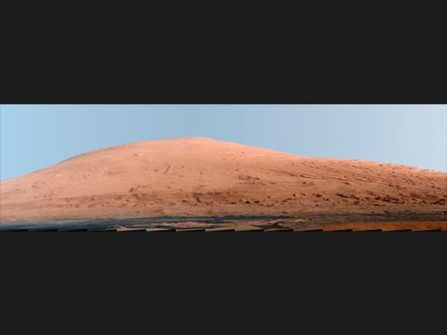 Bild eines konturlosen Bergs.