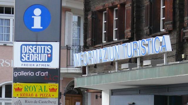 In vegl placat da l'infurmaziun turistica da Mustér Sedrun vi da l'infurmaziun turistica a Mustér.