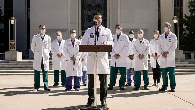 Sean Conley und die Krankenhauscrew