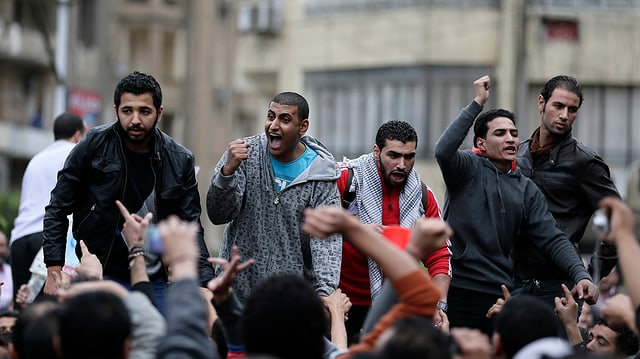 Demonstranten vor dem Präsidentenpalast in Kairo.