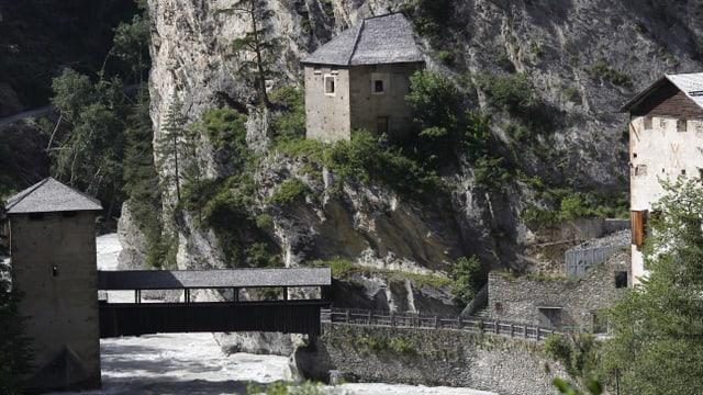 La fortezza da Vestmezza al cunfin Svizer/Austriac