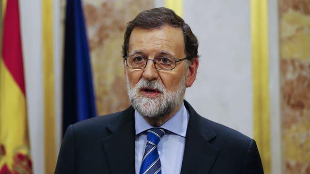 Rajoy spricht in Madrid.