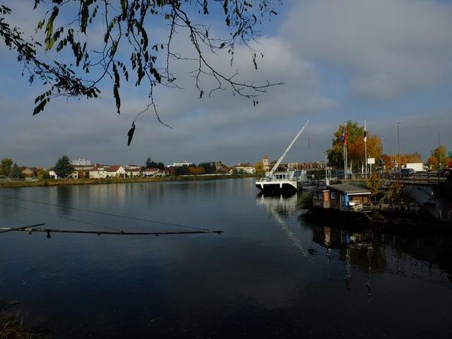 Rhein bei Huningue