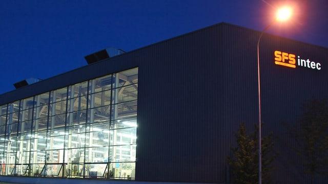Firmengebäude SFS