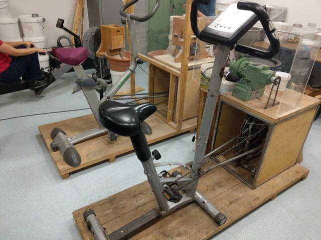 Umgebaute Fitnessgeräte