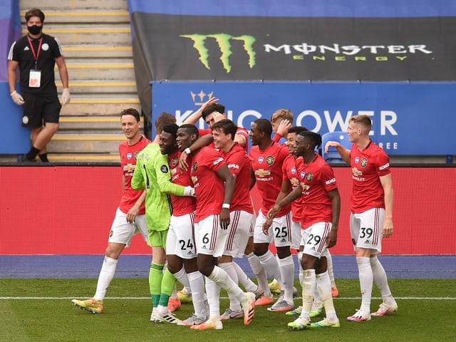 Manchester-United-Spieler bejubeln ein Tor.