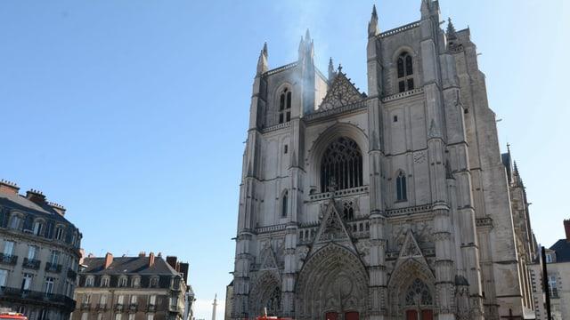 Blick auf die Fassade der Kathedrale von Nantes