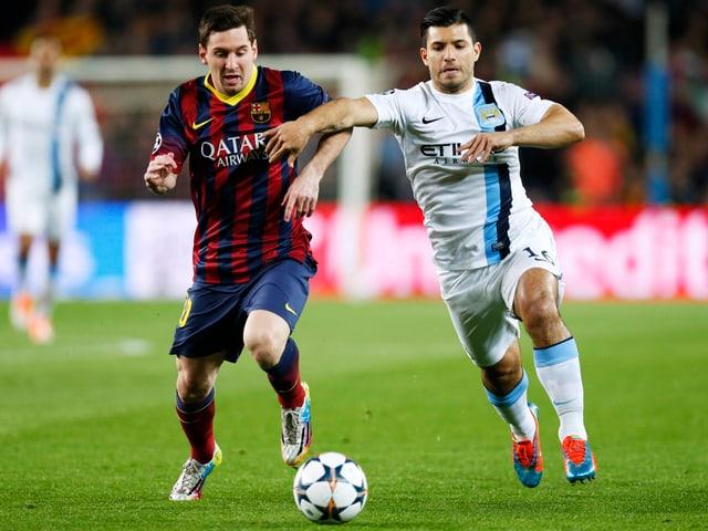 Lionel Messi (links) beim Duell mit Sergio Aguëro im CL-Achtelfinal vor einem Jahr.