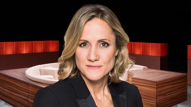 Die Journalistin Barbara Lüthi. Sie blickt ernst. Im Hintergrund: das runde Sofa der Club-Sendung.