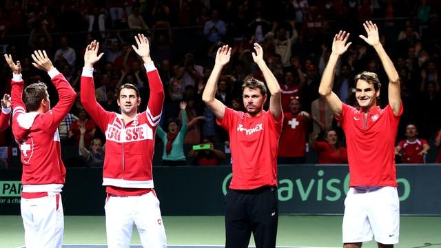 Chiudinelli, Lammer, Wawrinka und Federer jubeln.
