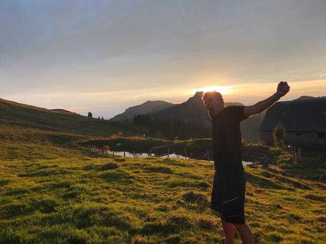 Reto Scherrer auf der Alp
