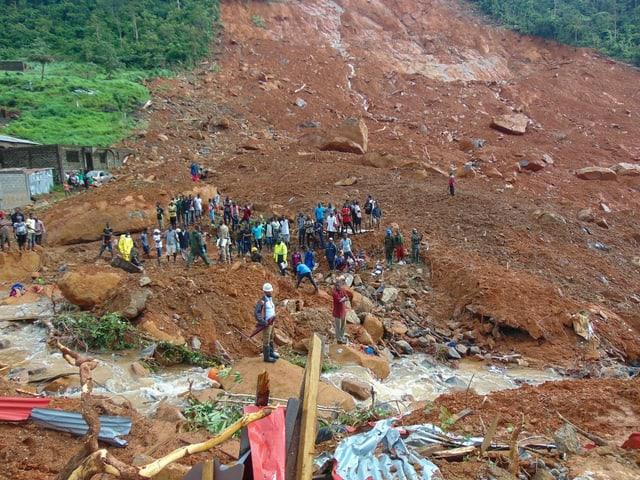Verschüttete Häuser in Sierra Leone