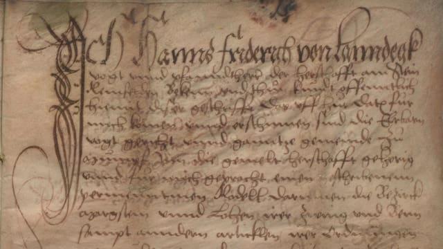Altes Dokument mit alter Schrift.