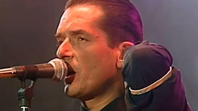 Video «Falco Live - Der Falke ist wieder da» abspielen