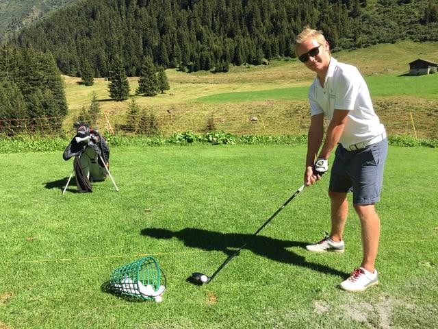 Frederic Cathomas sin la plazza da golf a Selva.