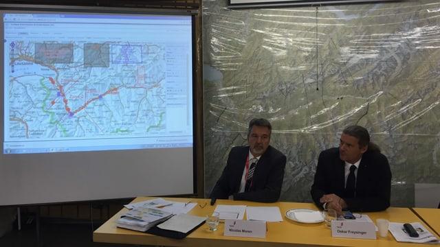 Staatsrat Oskar Freysinger informiert über die Ergebnisse des Erdbeben-Tests.